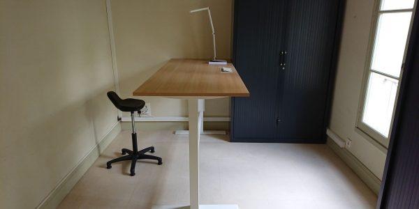 Table de bureau réglable en hauteur